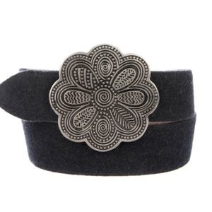 MOSCHINO suede belt with Silver flower buckle EUC